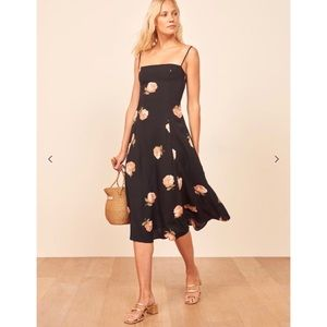 NWT Reformation Vollare Dress in Ingrid Floral